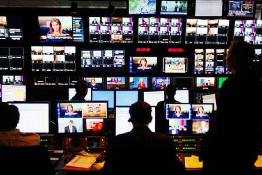 2 εκατ. ευρώ στα κανάλια της Αθήνας για «κορονοϊοδιαφήμιση»