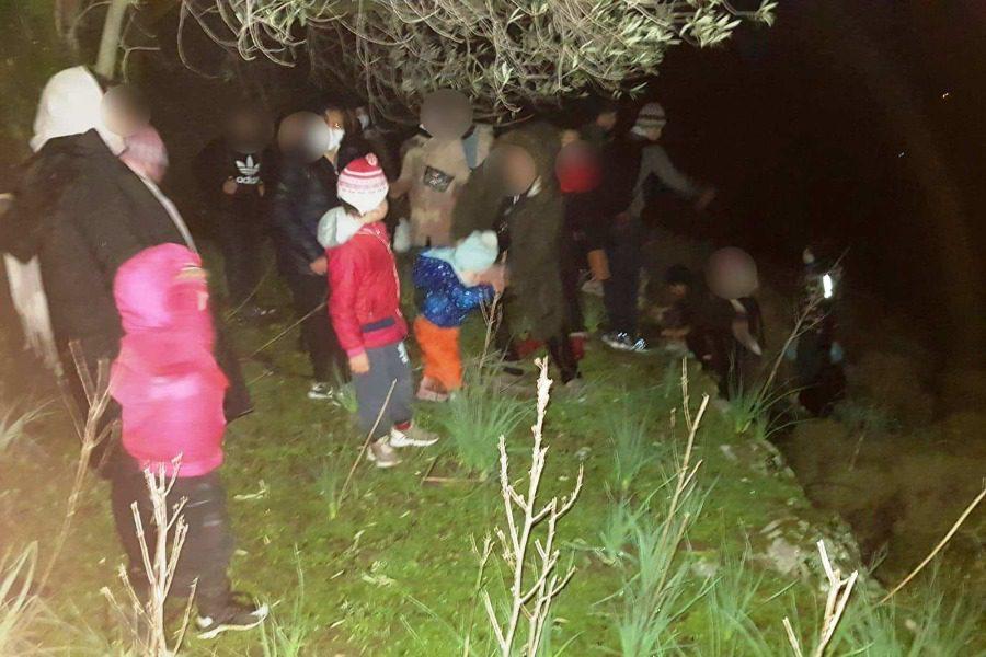 23 πρόσφυγες και μετανάστες στο Λεπέτυμνο