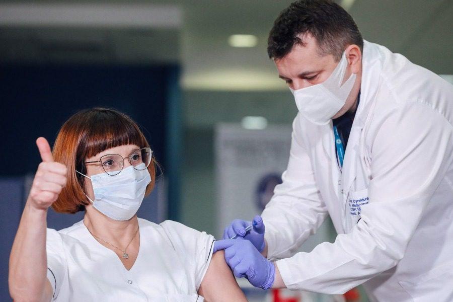 Μύθοι και αλήθειες για τον εμβολιασμό κατά του κορονοϊού