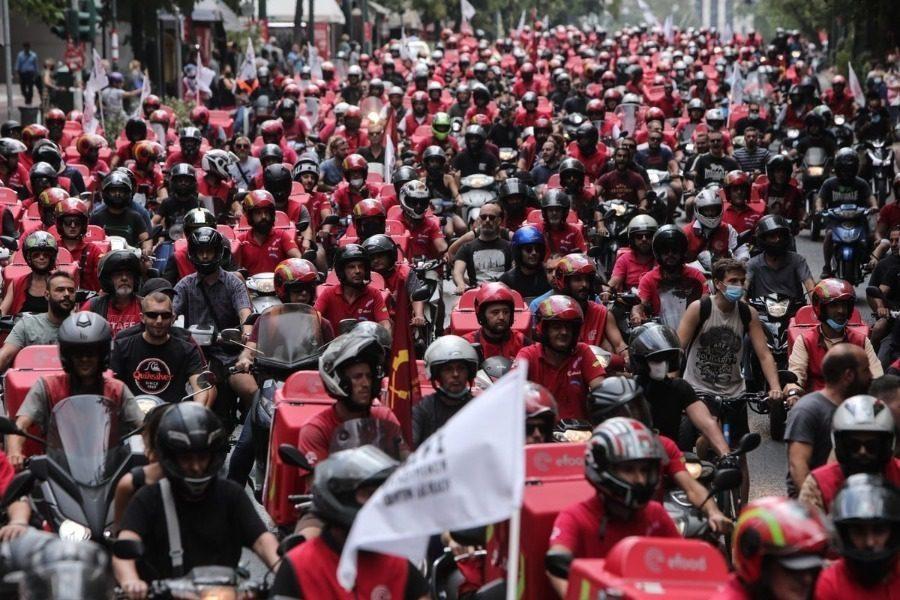 Χαιρετίζουν την νίκη των εργαζομένων στην efood
