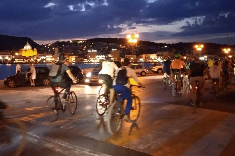 Με επιτυχία η νυχτερινή ποδηλατάδα στη Μυτιλήνη