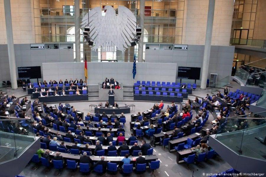 Ζέεχοφερ: Με «ευρωπαϊκές προδιαγραφές» το νέο ΚΥΤ στη Λέσβο