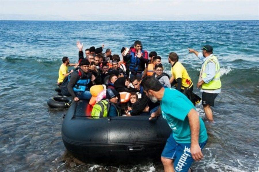 13 βάρκες με πάνω από 600 αλλοδαπούς