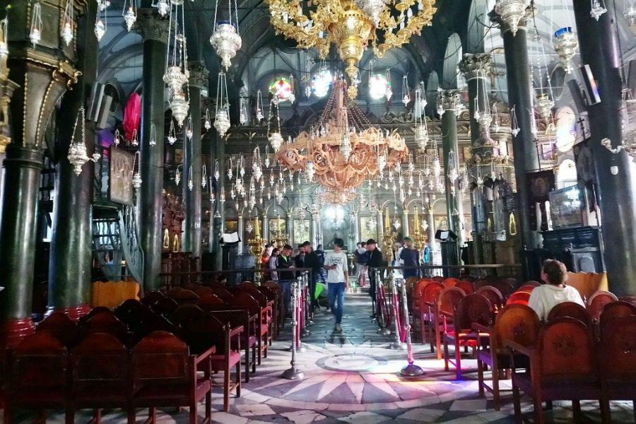 Αναψαν κερί στη Χάρη της Παναγίας Αγιάσου