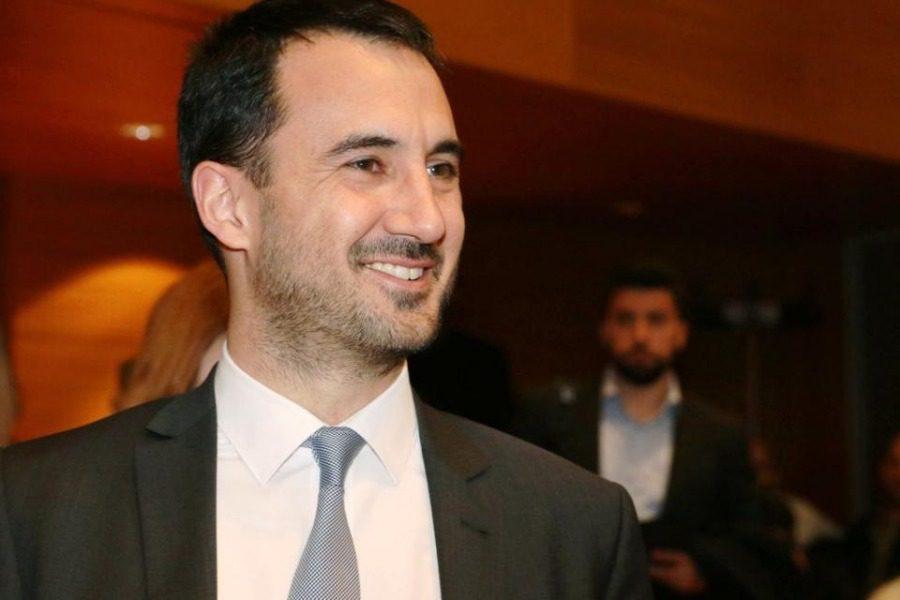 Υπουργός Εσωτερικών: Ενισχύουμε το νησί της Σάμου με 181.000 ευρώ για την μεταφορά των προσφυγόπουλων