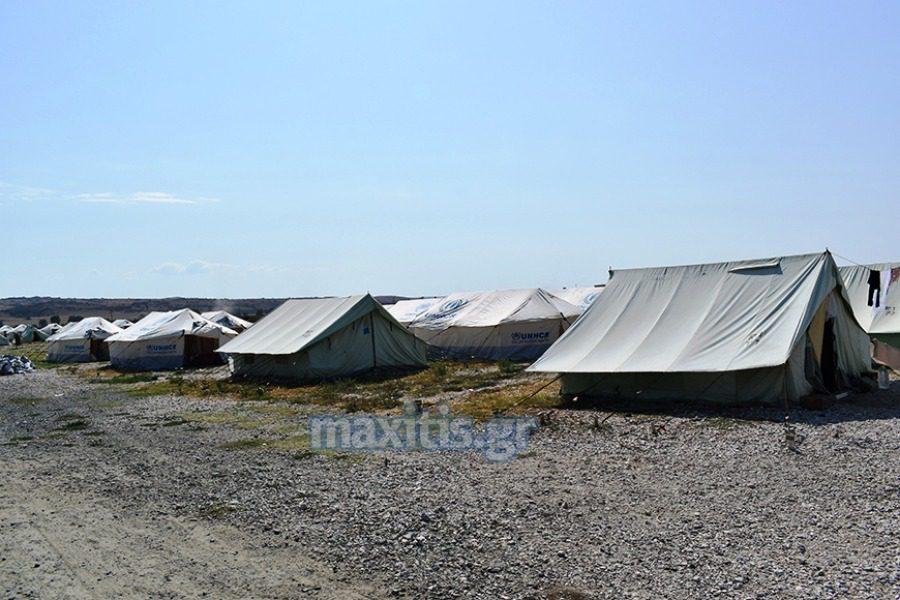 Σε σκηνές οι αιτούντες άσυλο που έφυγαν από τη Μόρια