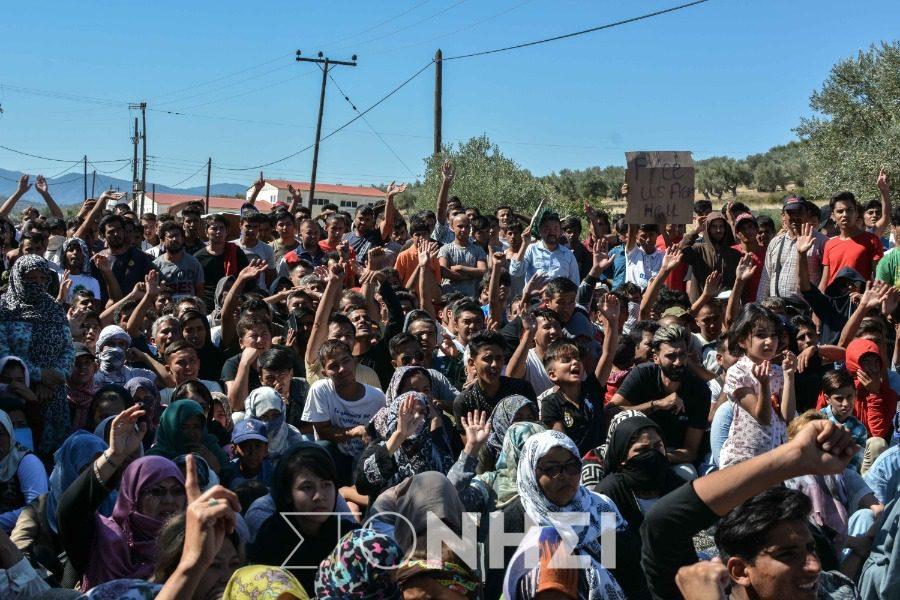 Το μήνυμα Ντουρουντού στους αιτούντες άσυλο που διαμαρτύρονται