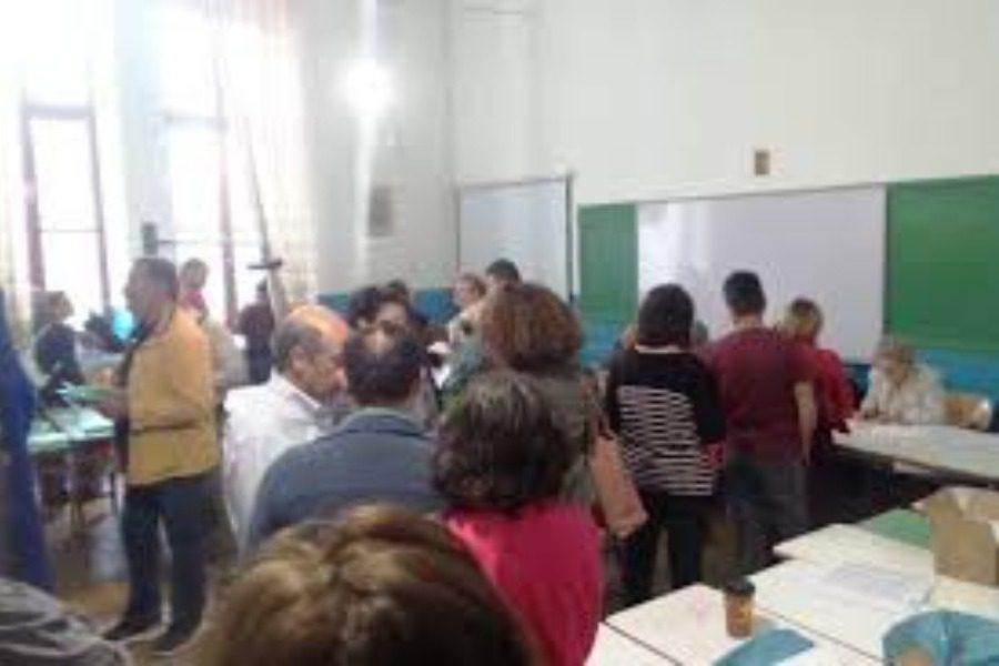 «Δια ζώσης ψηφοφορία μετά τη λήξη του lock down