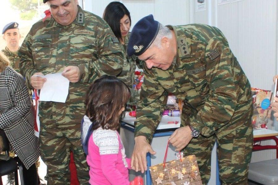 Στα παιδιά της σεισμόπληκτης Βρίσας ο Υποστράτηγος Χρήστος Πουλιανίτης