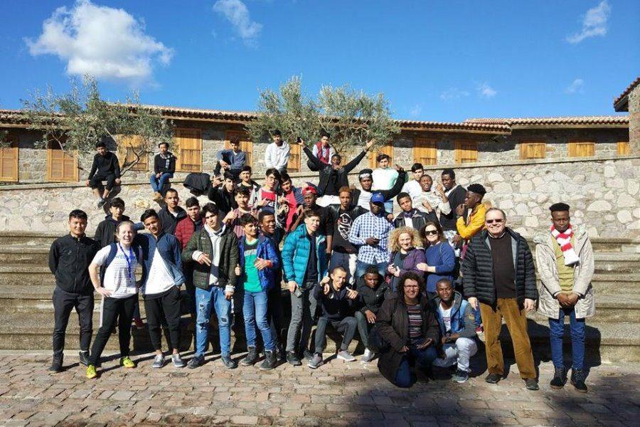 Μέρα με ήλιο για 43 παιδιά πρόσφυγες