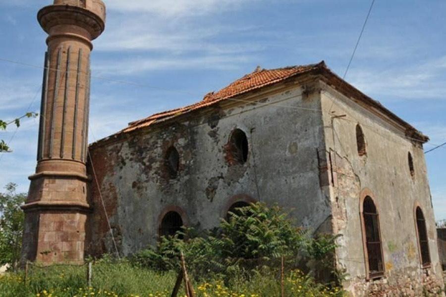 Ρίξτε το, το ρημάδι το βαλιδέ τζαμί να τελειώνουμε…