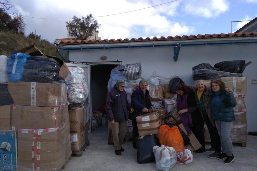 Κομβόι αγάπης από την ελληνική ομάδα διάσωσης