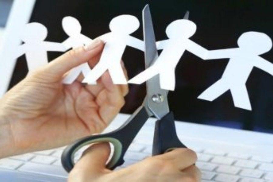 Κοινωνική ανοσία μπροστά στην αύξηση των απολύσεων