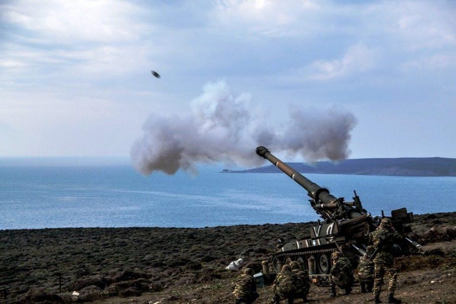 Ασκηση με βολές βαρέων όπλων στις ακτές της Λέσβου