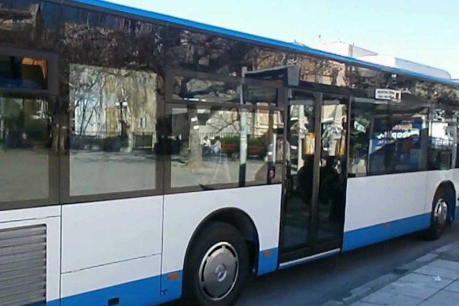 Οδηγός του Αστικού ΚΤΕΛ κατέβασε μαθητή από το λεωφορείο