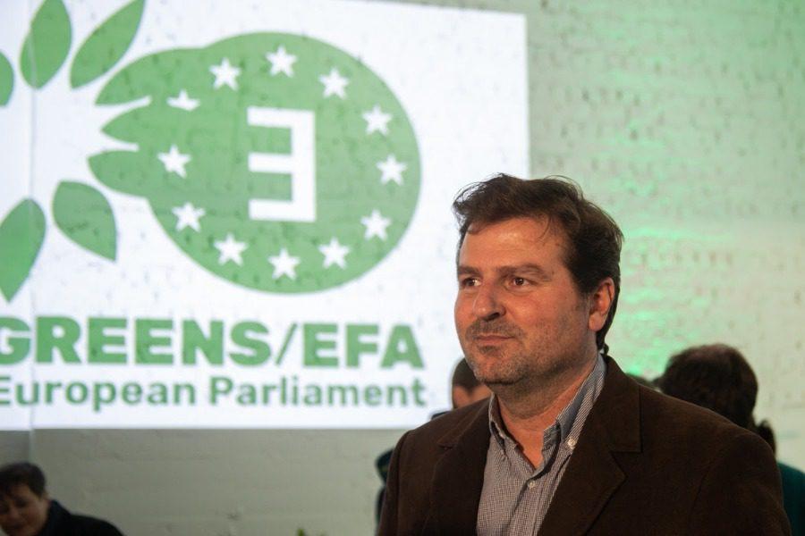 Στις Βρυξέλλες με τους «Πράσινους» ο Μπάκας