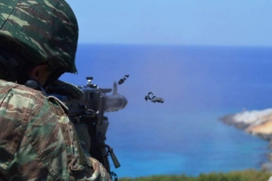 Βολές πυροβολικού στο πεδίο βολής του Μαγνάδου