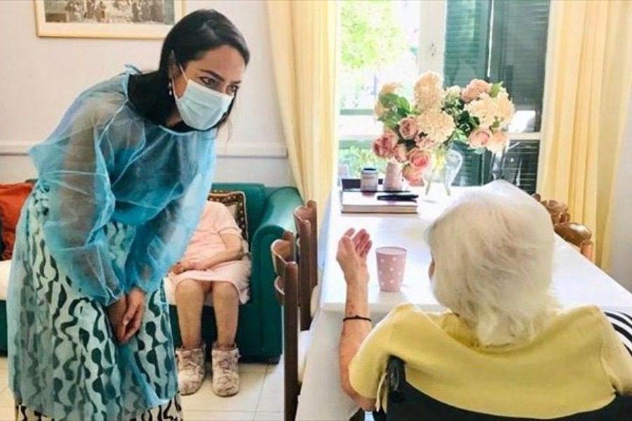 117 χρονών η γηραιότερη γυναίκα που εμβολιάστηκε στην Ελλάδα