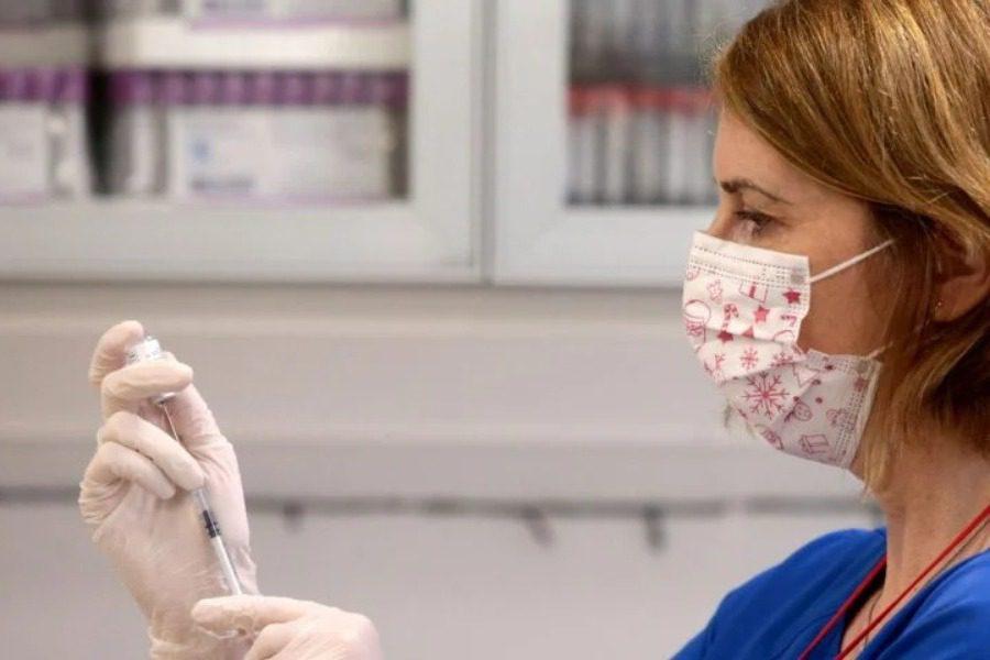 Πώς κλείνουμε ραντεβού για εμβολιασμό;