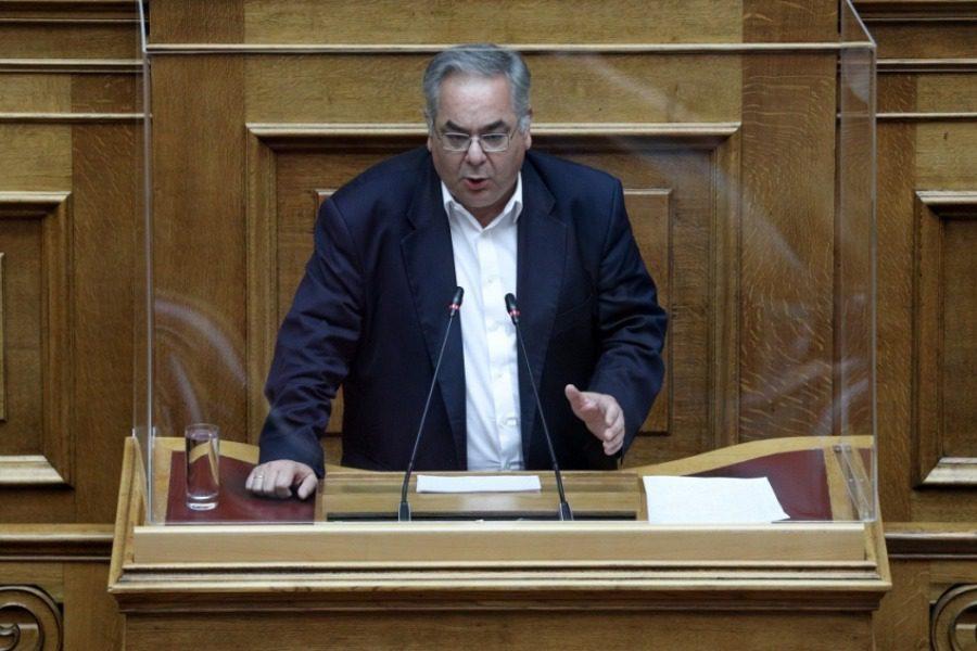 Ο βουλευτής του ΚΚΕ Λαμπρούλης ζητάει να απαλλαγεί από αντιπρόεδρος της Βουλής