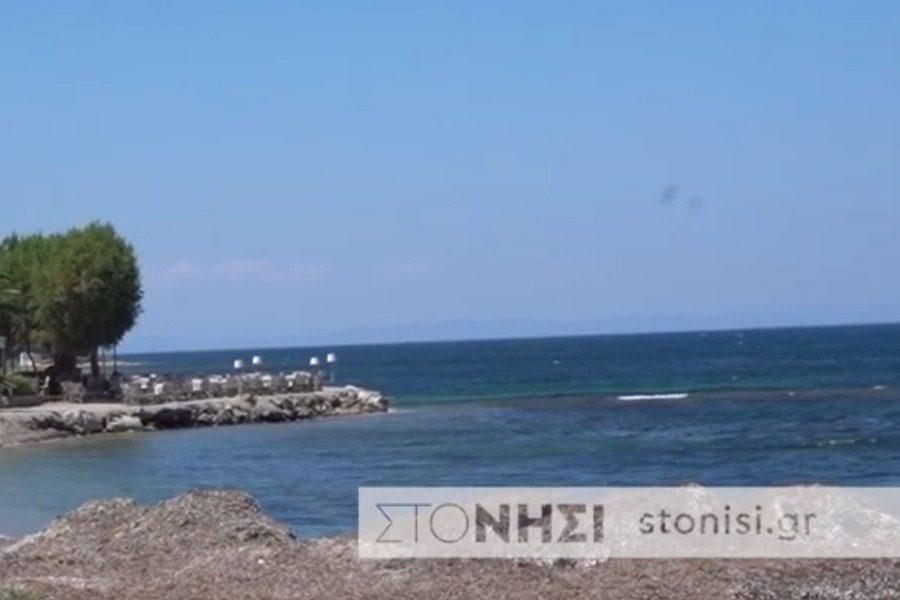 Παραλίες  στη Μυτιλήνη με φύκια … «χωρίς μεταξωτές κορδέλες»