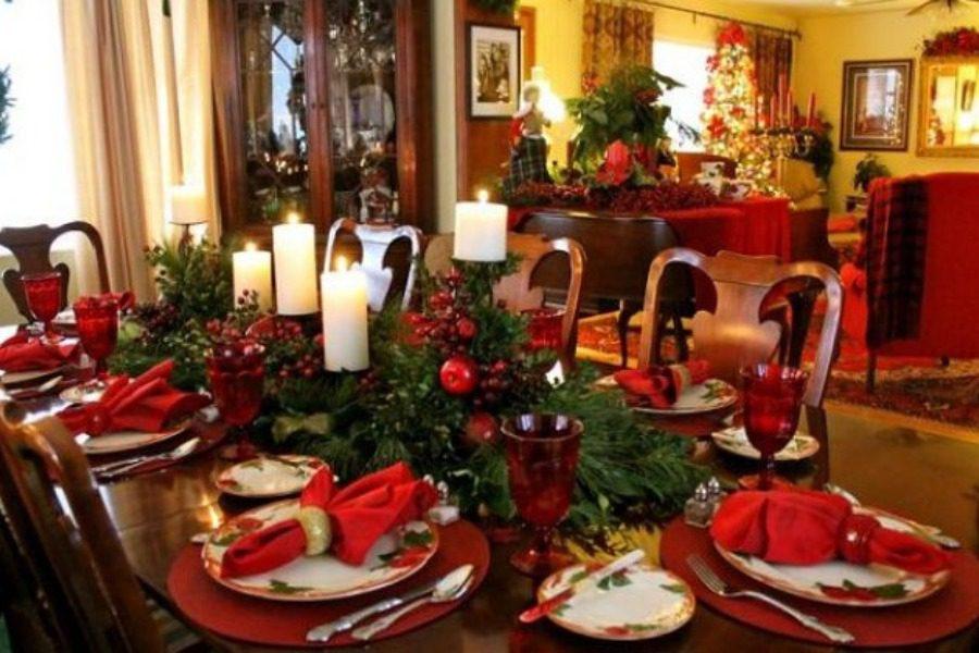 Γιορτινό τραπέζι από 120 έως 150 ευρώ