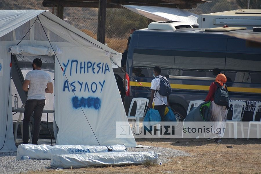 Ελέγχους από υγειονομικό και ΙΚΑ ζητούν στην υπηρεσία Ασύλου