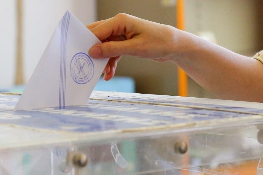 17 κόμματα και 54 υποψήφιοι για το Νομό Λέσβου