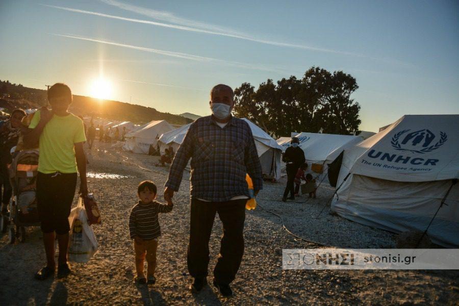 Σταματά η νομική βοήθεια στους αιτούντες άσυλο;