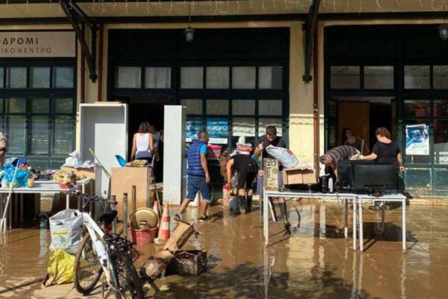 Λάδι για τους πλημμυροπαθείς της Καρδίτσας