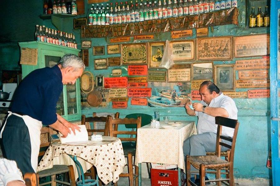 Ο καφενές του Κέκκου στον Πλάτανο…
