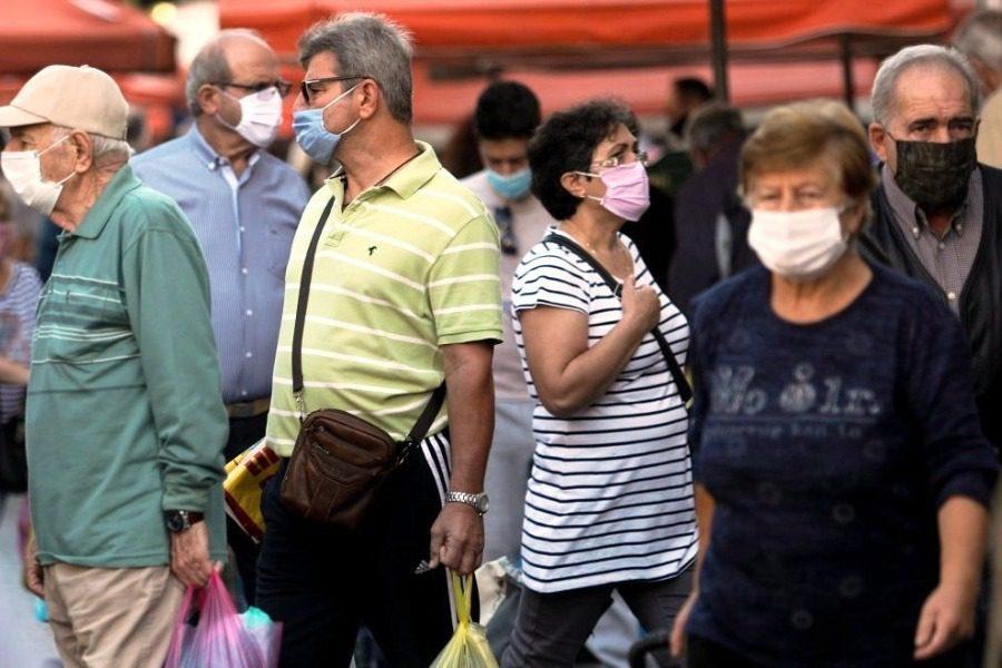 Στη Λέσβο μάσκα παντού, απαγόρευση κυκλοφορίας από τα μεσάνυχτα ως τις 5 το πρωί