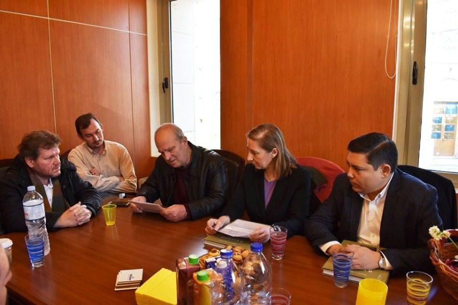 Συνάντηση Ξενογιαννακοπούλου με το Δίκτυο Κοινοτήτων Λέσβου