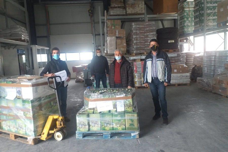 Ενάμιση τόνος ελαιόλαδο από τη Λέσβο στην Καρδίτσα