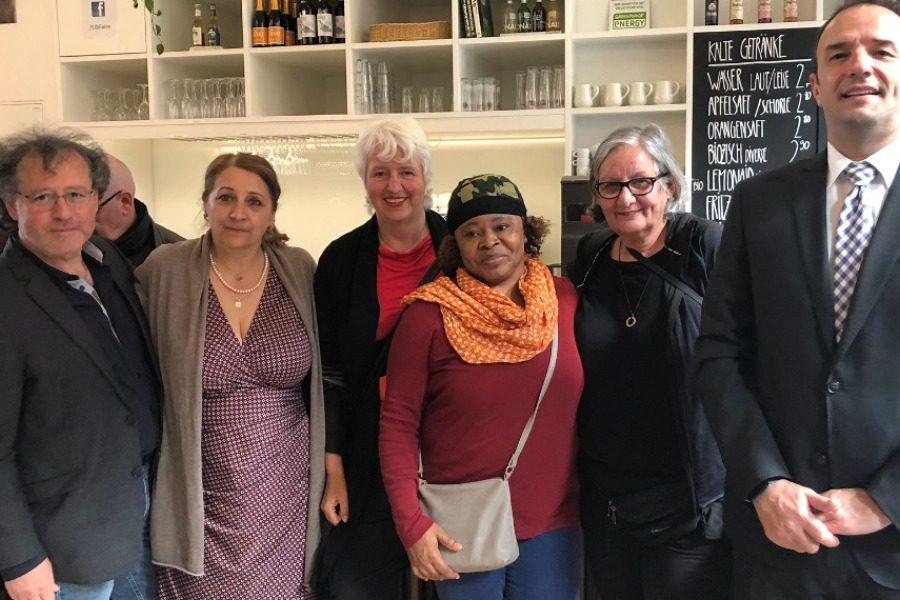 Οι γυναίκες που πέρασαν από τη Λέσβο μέσα από τον φακό της Marily Stroux