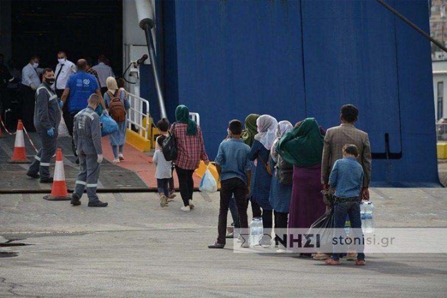 Μείωση κατά 81% καταγράφεται στους διαμένοντες μετανάστες στα νησιά