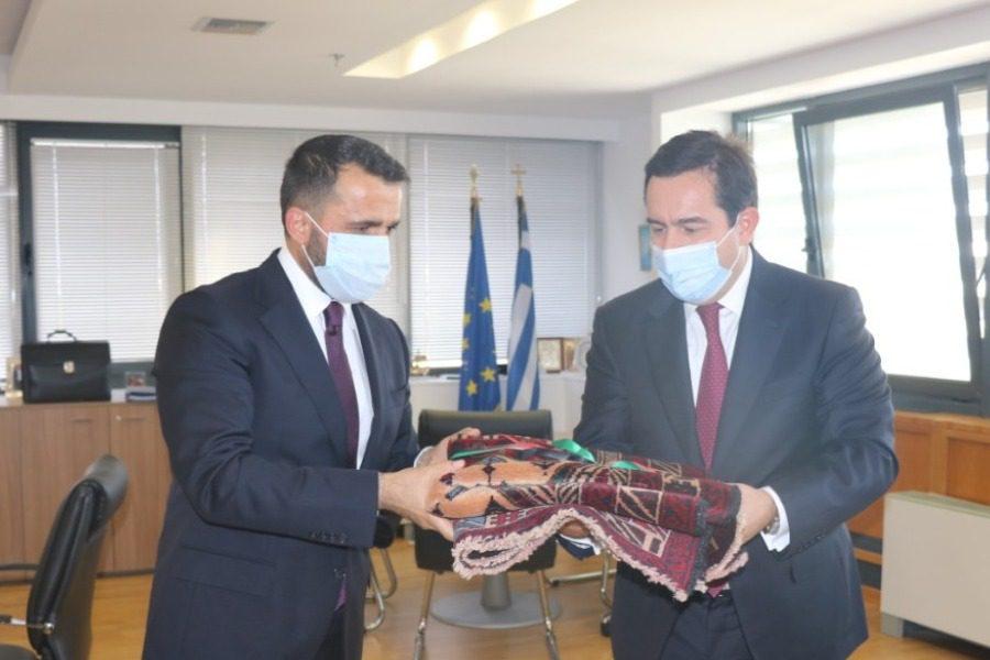 Με τον υφυπουργό Εξωτερικών του Αφγανιστάν ο Μηταράκης
