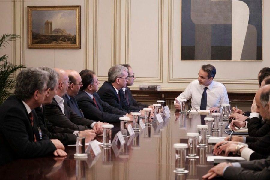 Για τις δηλώσεις του πρωθυπουργού μετά τη συνάντηση με τους δημάρχους των νησιών