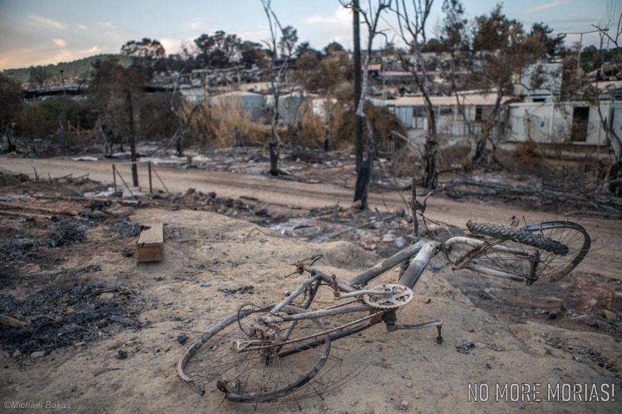 Ένα χρόνο μετά τη φωτιά στη Μόρια και η φλόγα ακόμα δεν έχει σβήσει