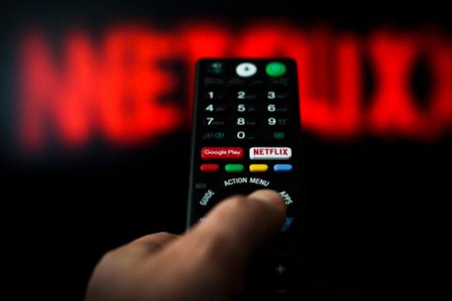 Ρίχνει ποιότητα το Netflix για να «σωθεί» το ίντερνετ
