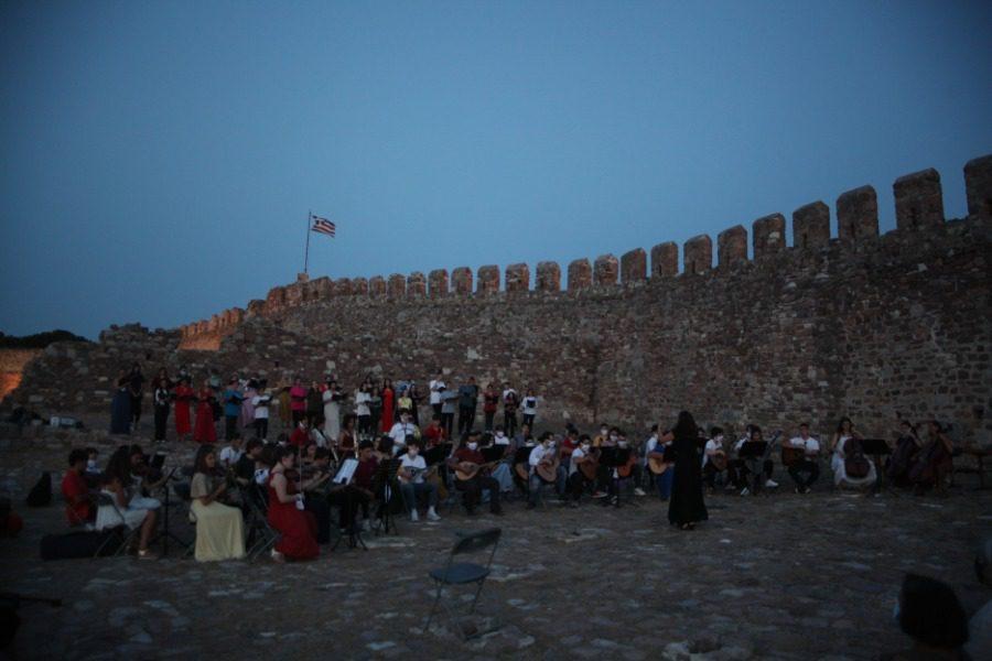 «Η μουσική των τοίχων και των τειχών»