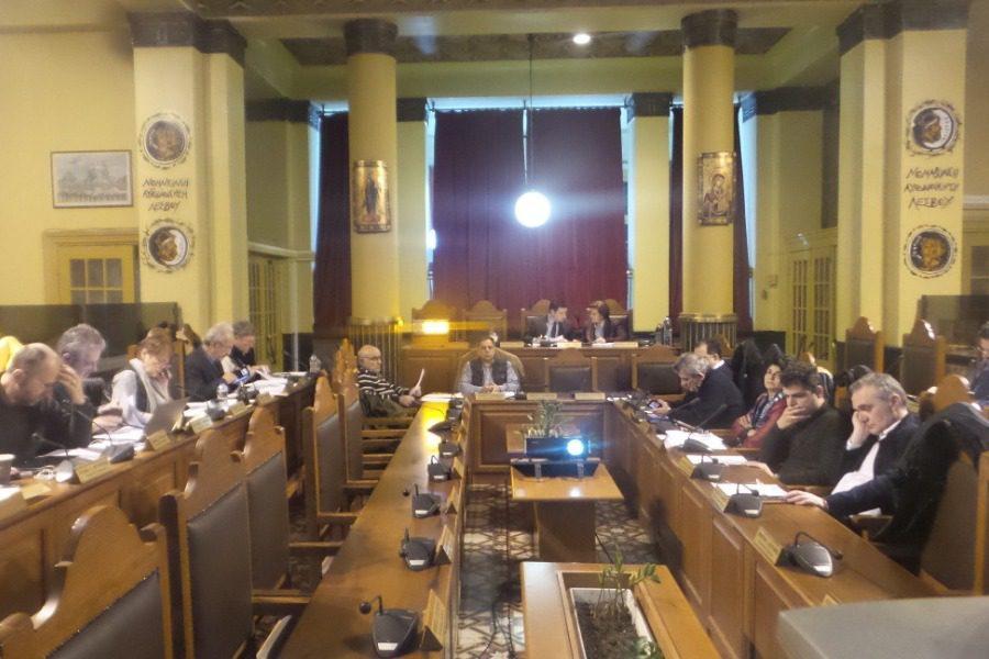 Περιφερειακό Συμβούλιο με σεισμικές δονήσεις