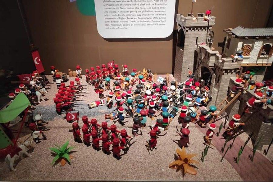 Στην πρωτότυπη έκθεση Playmobil για την επανάσταση του 1821
