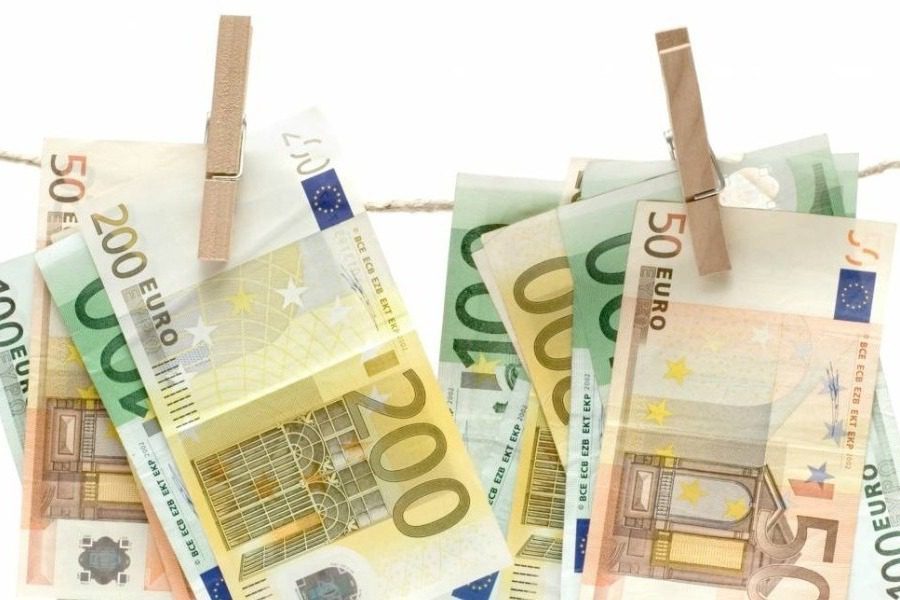 Κρατικά λεφτά «σπίτι τους», αλλά… «σχολαστικά»!