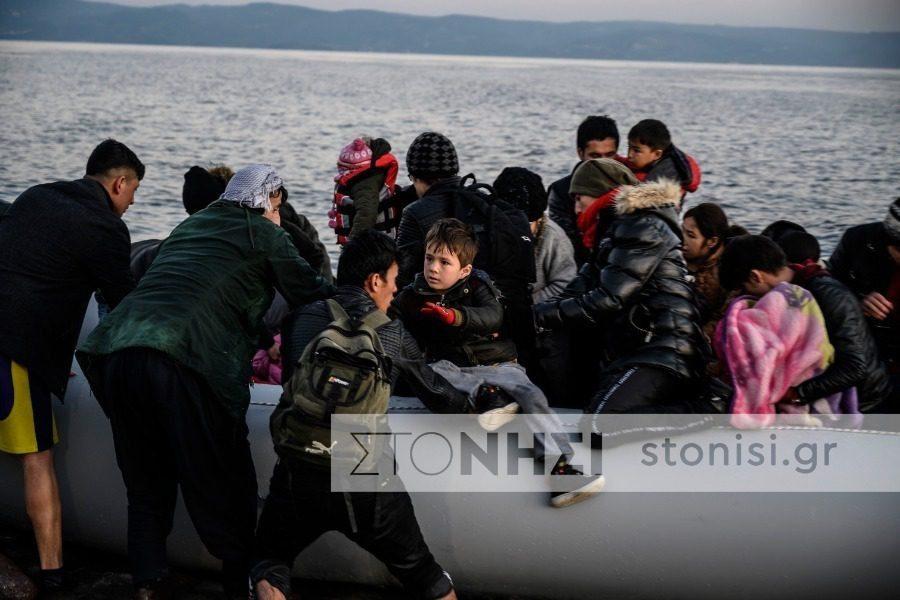 Πέντε βάρκες σήμερα με περίπου 200 επιβαίνοντες