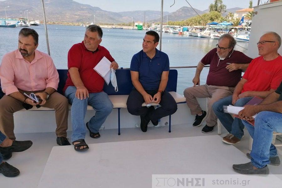 Συνάντηση Τσίπρα με τους εκπροσώπους των αλιέων