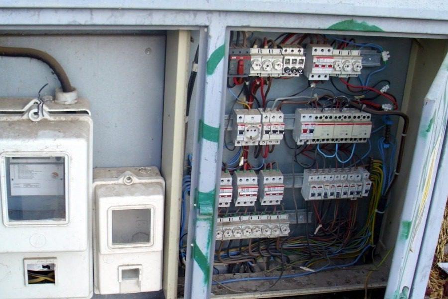 Ειδικό βοήθημα επανασύνδεσης ηλεκτρικού ρεύματος