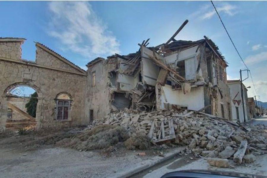 Οκτώ τραυματίες και εκτεταμένες ζημιές σε παλαιά κτίρια της Σάμου