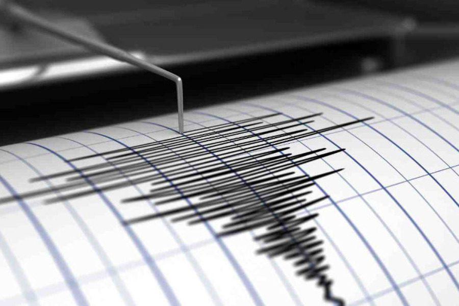 Στα 4,4 Ρίχτερ ο πρώτος σεισμός, αλλά ανησυχεί ο δεύτερος μετασεισμός των 3,8 Ρίχτερ