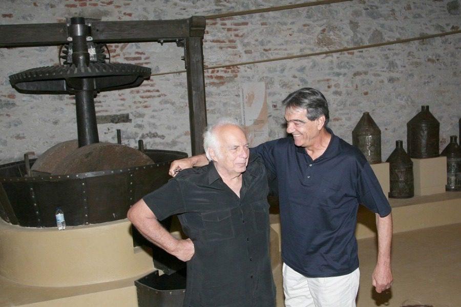 Παραμένει πρόεδρος στο «Αρχιπέλαγος» ο Νίκος Σηφουνάκης